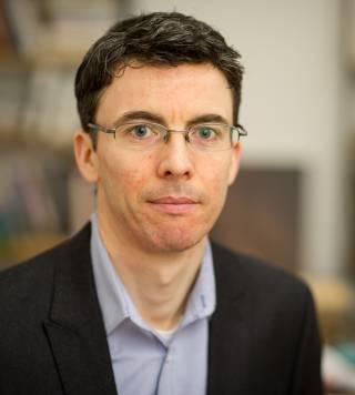 Prof Stephen Hogan