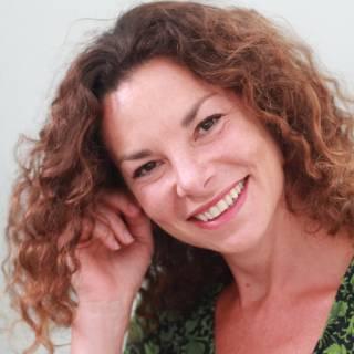 Honorary Senior Research Fellow Gaia Vince