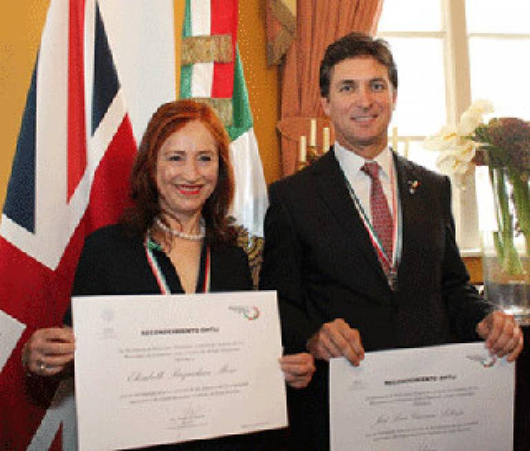 Elizabeth Baquedano receiving the Ohtli Award, given by the Ministry of Foreign Affairs to Mexicans who live and work outside Mexico and is the most prestigious Award the Mexican Government bestows to individuals who have enhanced Mexico through the…