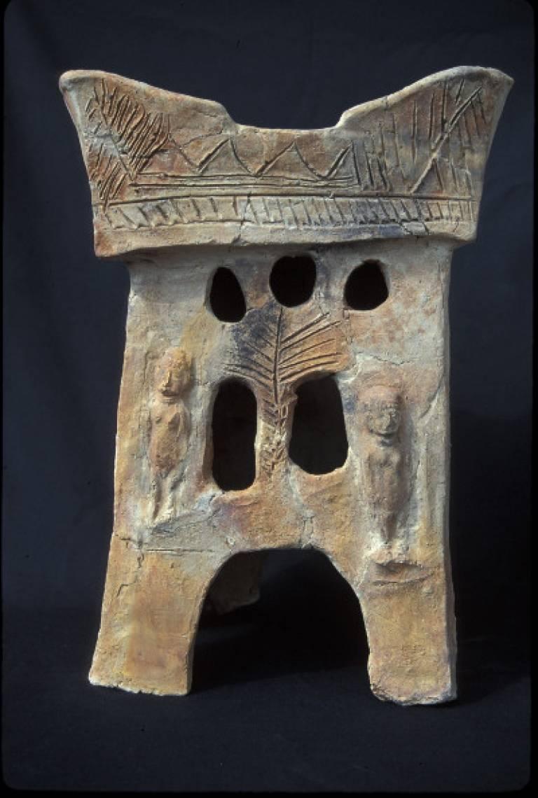 Pottery altar from Tell Rehov, 9th century BCE. Image courtesy of Professor Amihai Mazar