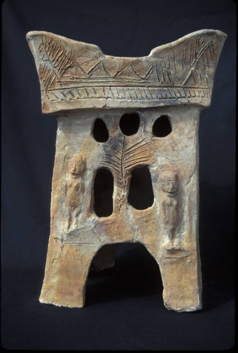 Pottery altar from Tell Rehov, 9th century BCE. Image courtesy of Professor Amihai Mazar