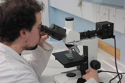 Microscopy in the Wolfson Archaeological Science Laboratories