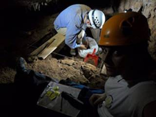 Working at the Gruta Figueira Brava cave site on Portugal's Atlantic coast (Image courtesy of Mariana Nabais)