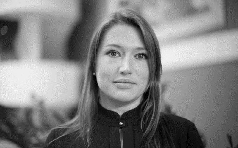 Alexandra Ault