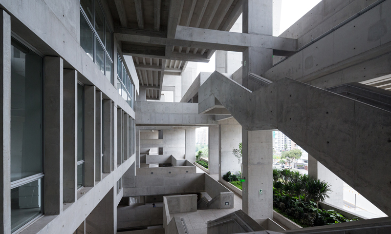 Yvonne farrell and shelley mcnamara bartlett for Grafton architects