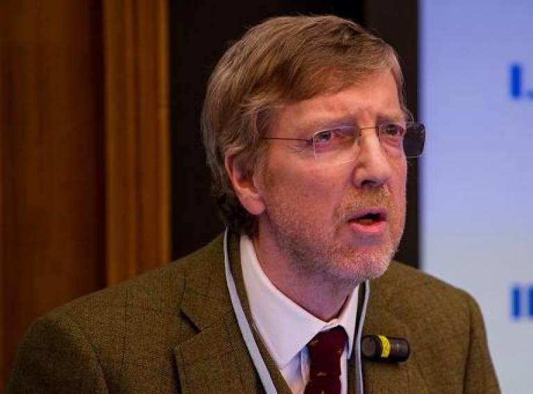 Peter Morris Presenting