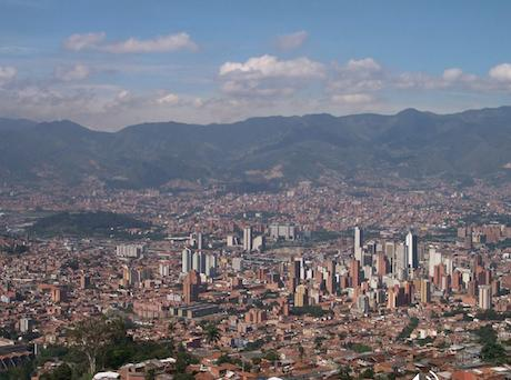 Panorama of Medellin Photo ©Duque 2006