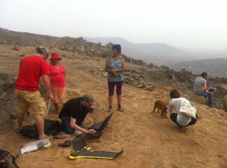 Mapping research in the Jose Carlos Mariategui area of Lima, Peru - February 2014. Image: Rita Lambert.