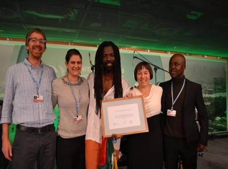 Vanesa Castan Broto and the 4PCCD team receive one the Lighthouse Awards at COP19 in Warsaw