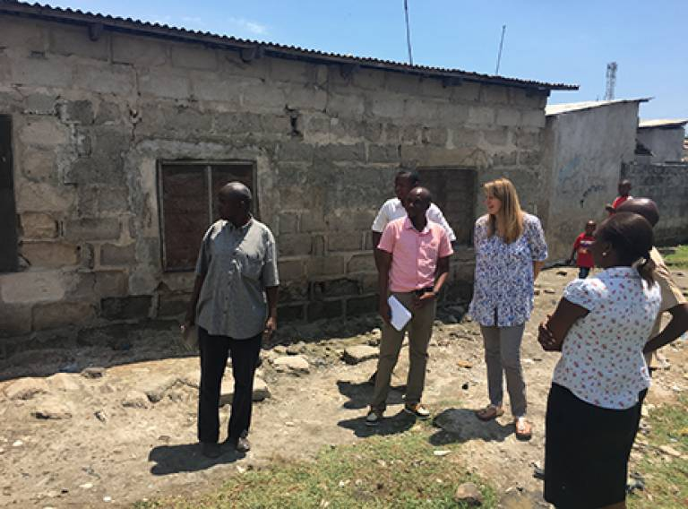 Working with people living in informal settlement to reduce risk