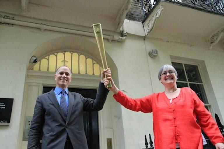 Julio Davila and Caren Levy. DPU. 2012