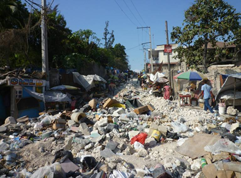 Urban crises and humanitarian response: A literature review