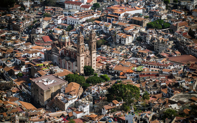 Aerial view of Taxco de Alarcón, Mexico - Photo by Pedro Lastra on Unsplash