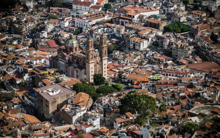 Aerial view of Taxco de Alarcón, Mexico - Photo by Pedro Lastra on Unsplash