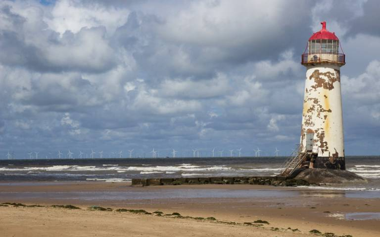 Point of Ayr Lighthouse - Pixabay