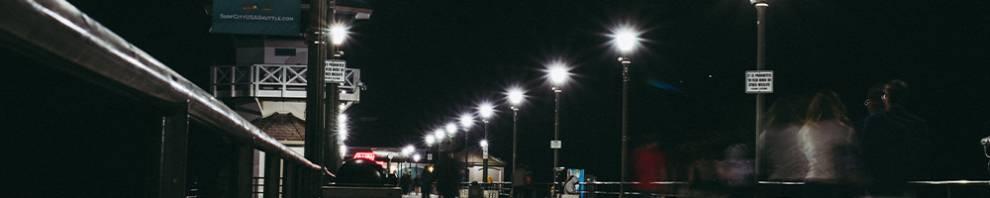 white light streetlights