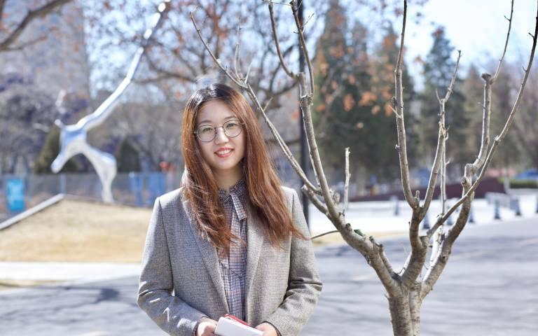 Huizhong Luo portrait