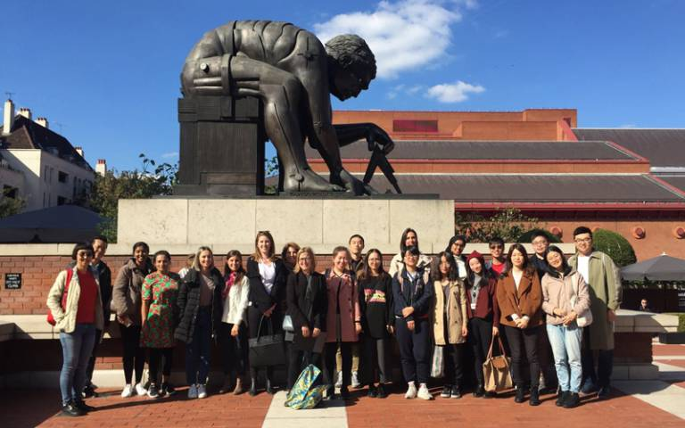 Health Wellbeing and Sustainable Buildings class at the British Library