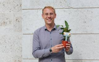 Dr Scott Orr collects the 2019 UCL Silver Sustainable Lab Award on behalf of ISH