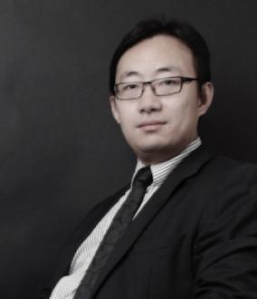 Professor Andong Lu