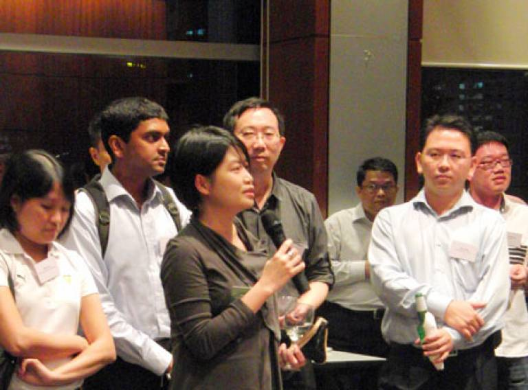 Bartlett Alumnus and Singapore Urban Redevelopment Authority Deputy Director Lay Bee Yap welcoming guests