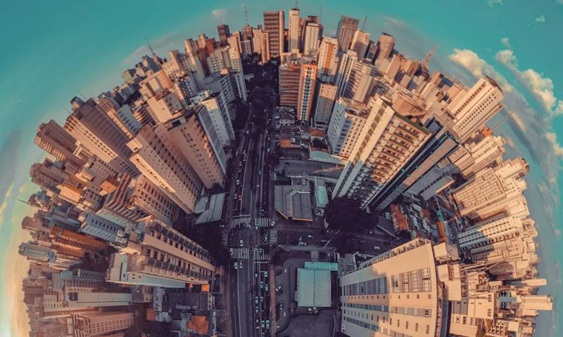 A 360 degree photograph taken in a built-up city