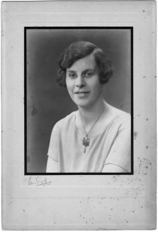 A black and white portrait photograph of Gertrude Leverkus who was the first woman to officially enrol at The Bartlett