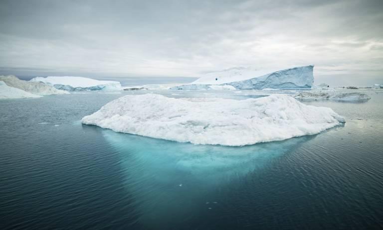 arctic_icebergs_c_istock