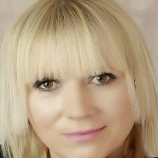 Dr Dina Mehmedbegovic