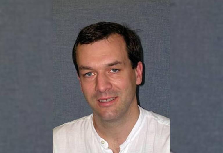 Prof. Jamie Hobbs