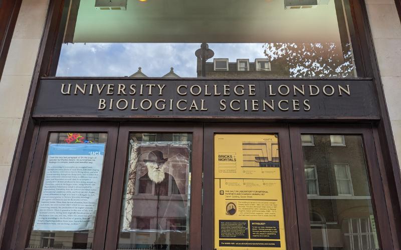 entrance_to_biological_sciences_building_gower_street