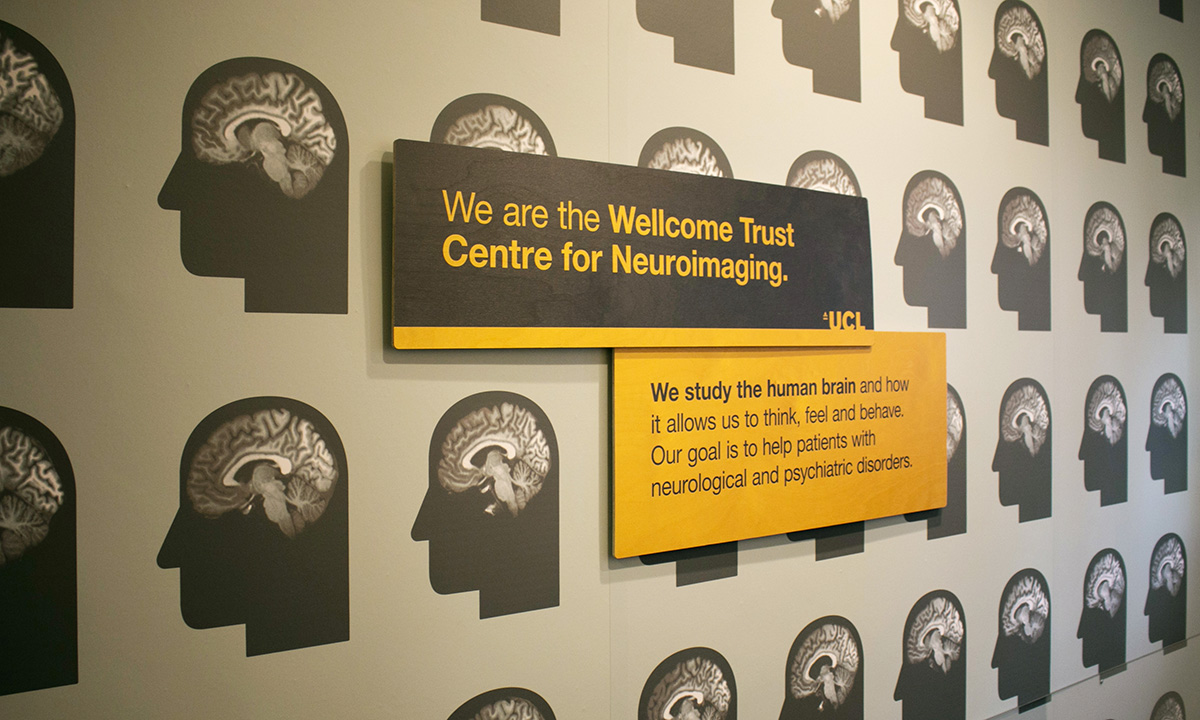 Wellcome Trust Neuroimaging Centre - Welcome sign