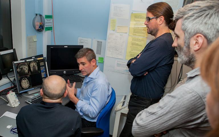 UCLNeuomarketing_examining_brain_images