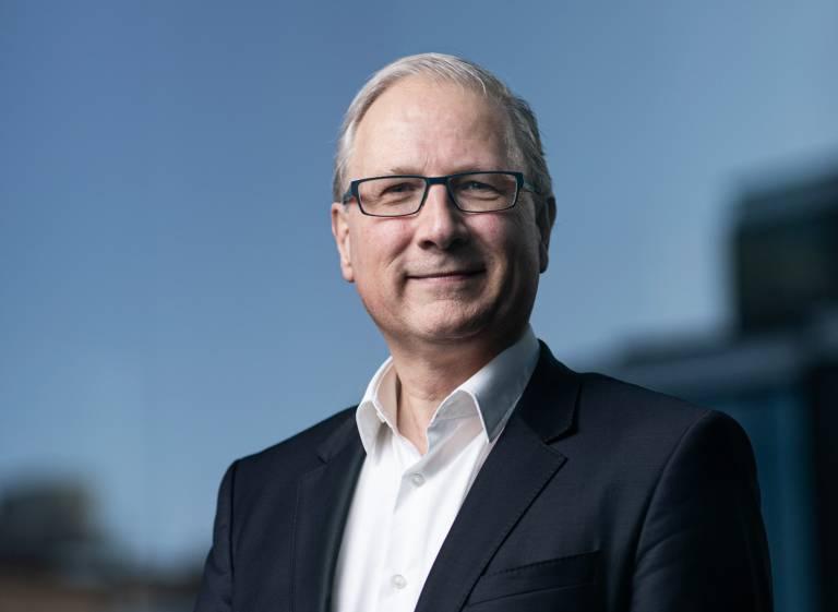 Prof Bart Vanhaesebroeck