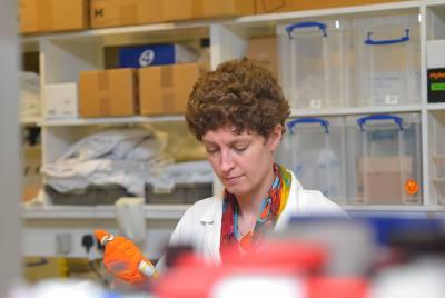 Karin Straathof working in the lab