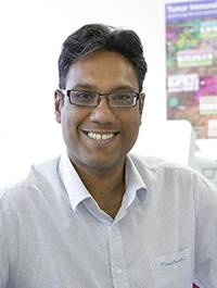 Dr Nischalan Pillay