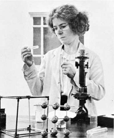 Kathleen Lonsdale (1903-1971)…