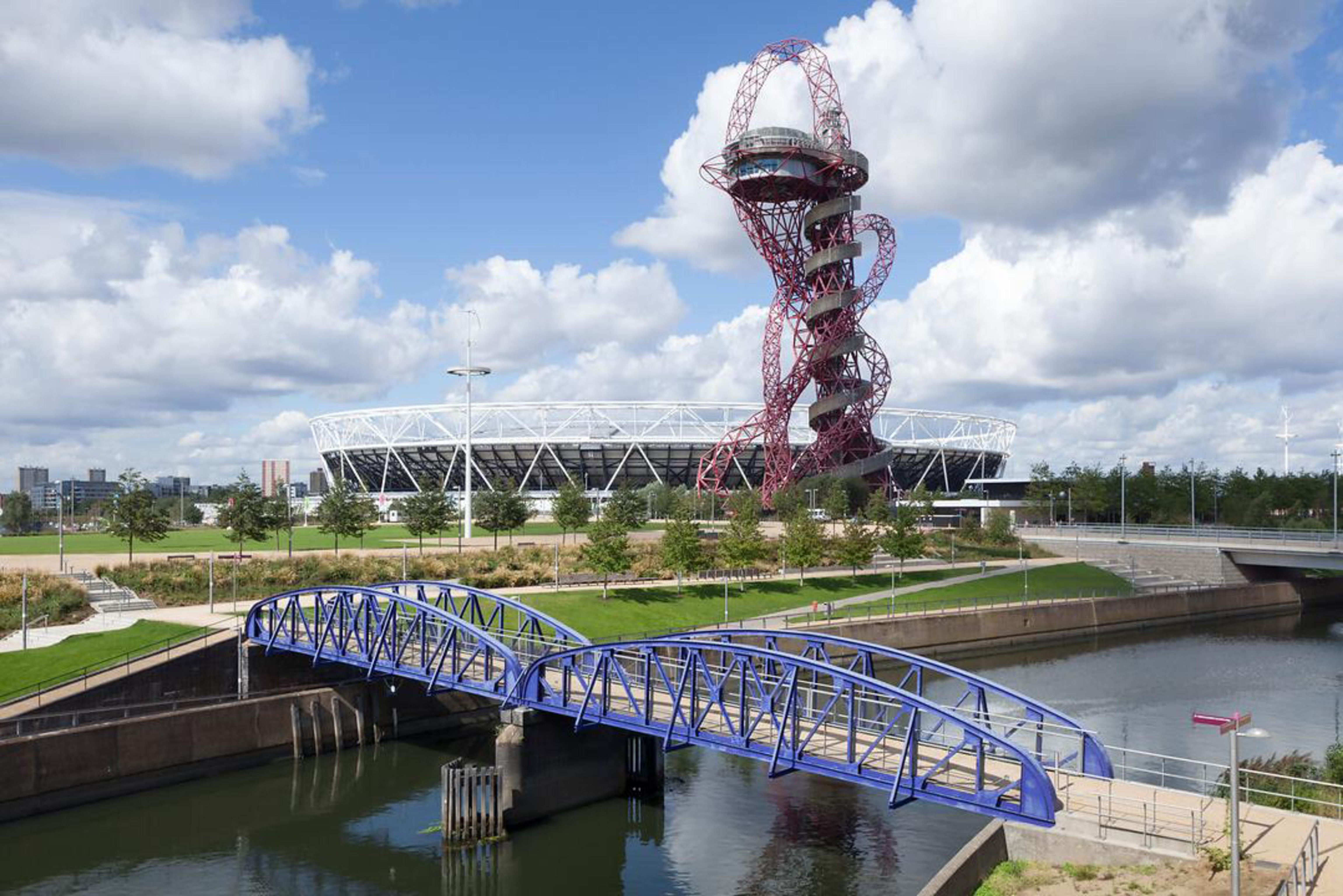 Photo of the London Olympic park, including the ArcelorMittal Orbit tower