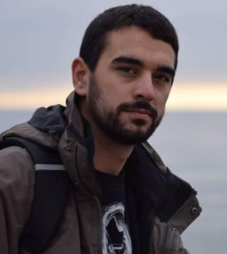 Dr Evangelos Ntontis