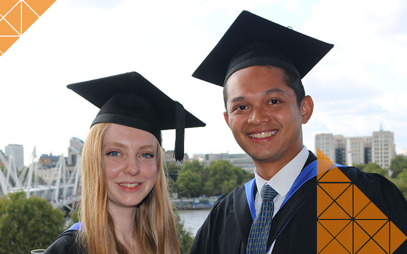 UCL Civil, Environmental and Geomatic Engineering alumni Charlotte and Zahid at their Graduation ceremony