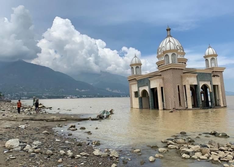 Sulawesi floods and damaged infrastructure
