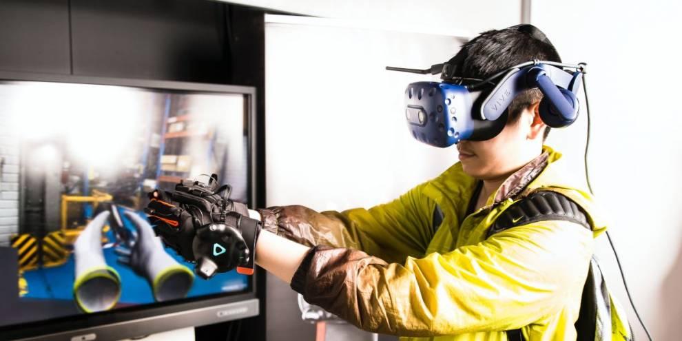 Student using virtual reality equipment