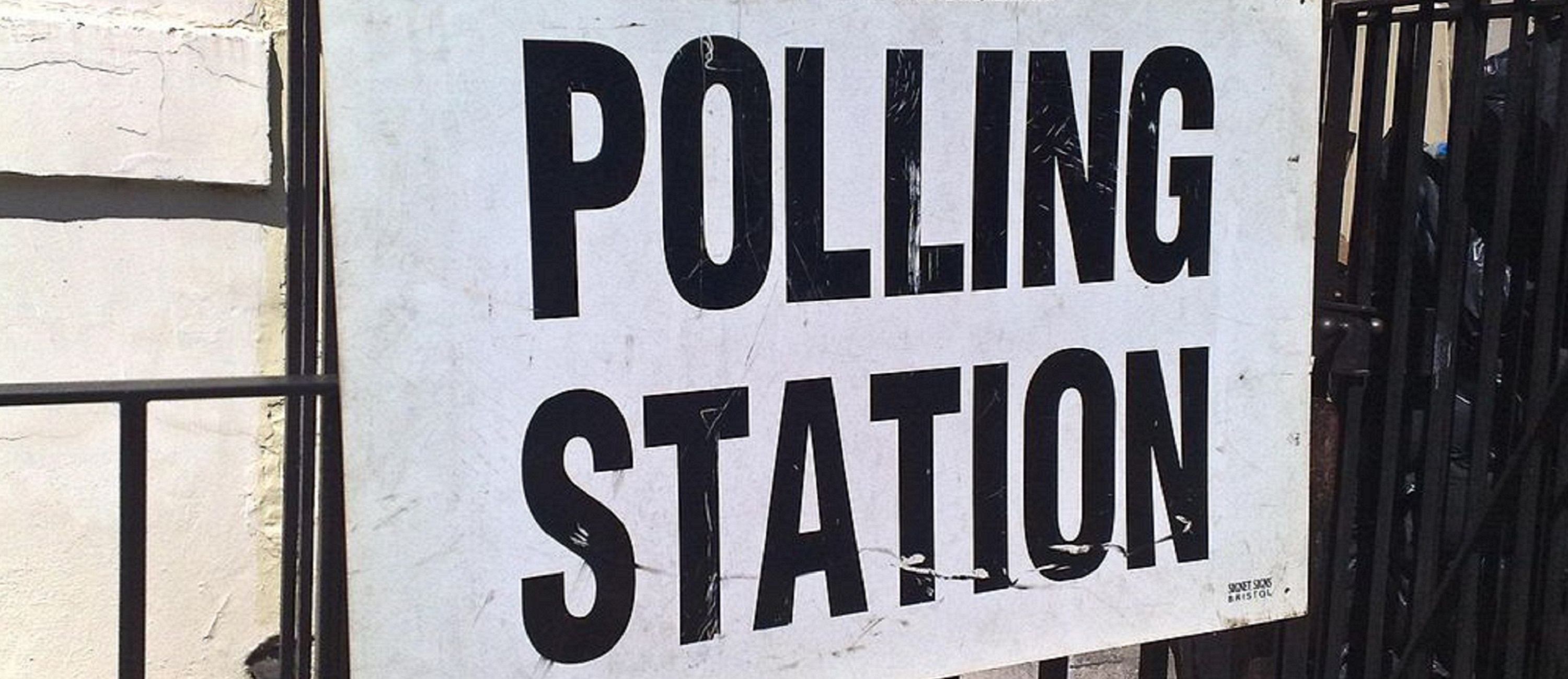 polling station 3000x1300
