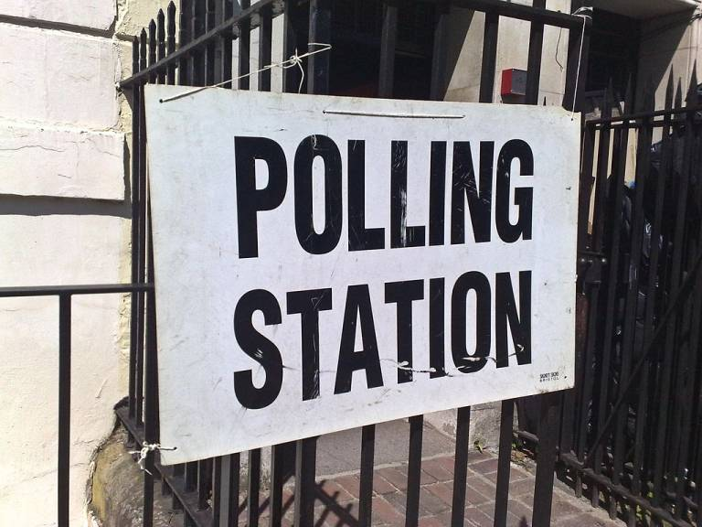 Oganising a snap election