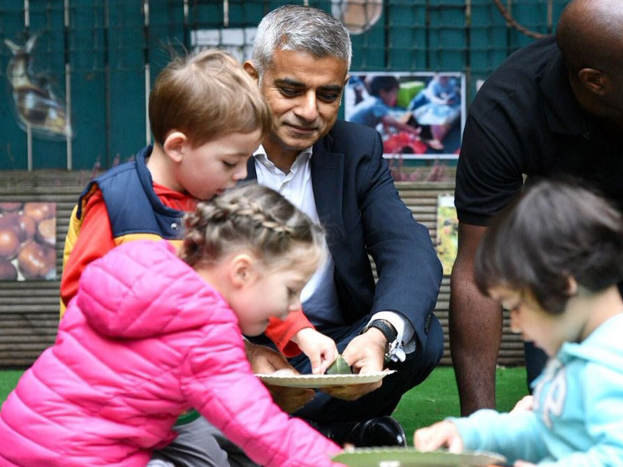 Mayor launches charge for polluting vehicles at UCL Nursery