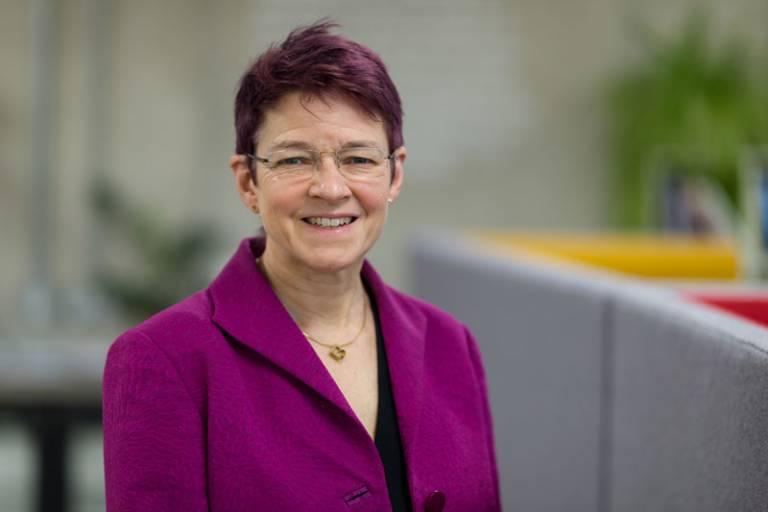 Dr Celia Caulcott