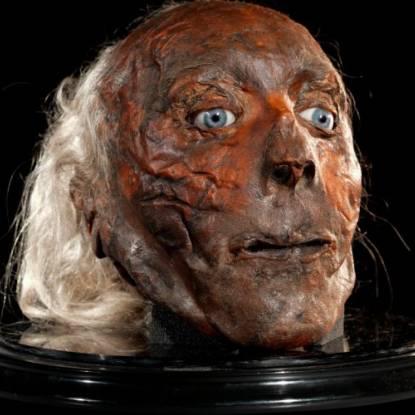 Jeremy Bentham head