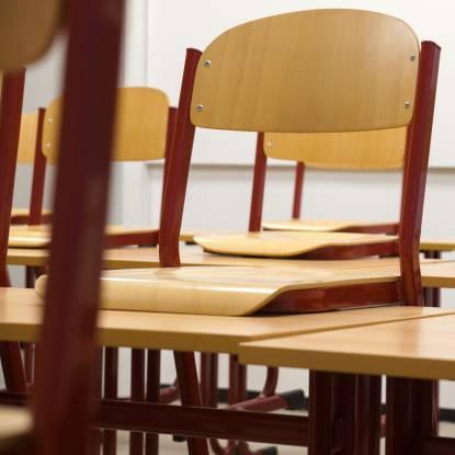 classroom-824120.jpg