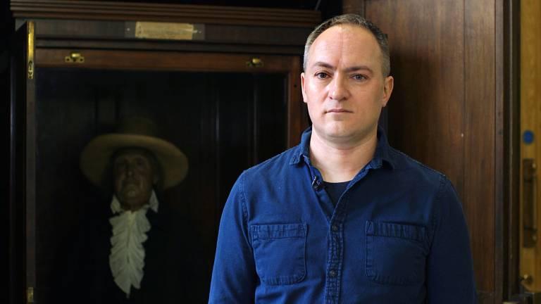 Photo portrait of Bob Mills