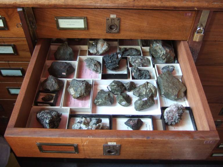 Collections - geology in a drawer